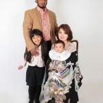 定番のお宮参りご家族写真。