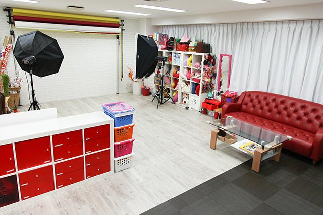 こども写真館HONEY&CRUNCHのJR京都駅前店の店舗写真01