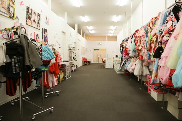 豊中千里中央店の衣装写真