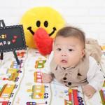 大阪の初節句・ハーフバースディ写真撮影スタジオ・ハニーアンドクランチの洋装のフォトギャラリーH011