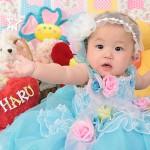 大阪の初節句・ハーフバースディ写真撮影スタジオ・ハニーアンドクランチの洋装のフォトギャラリーH036