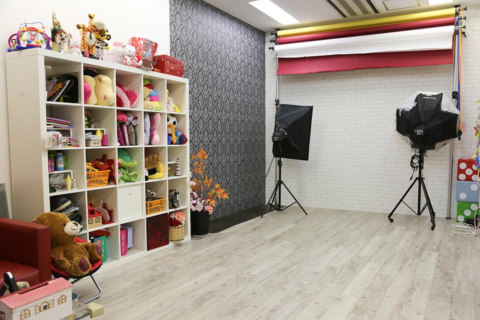七五三写真館スタジオハニーアンドクランチ大阪天満宮南森町店の店舗室内写真